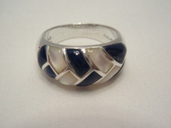 S&G Thailand Sterling 925 Blue Lapis & Mother of Pearl Dome Ring