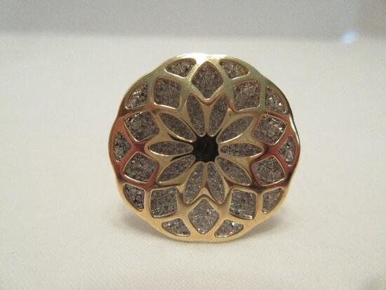 Milor Italy 14kt Dome Ring Filigree Medallion Design