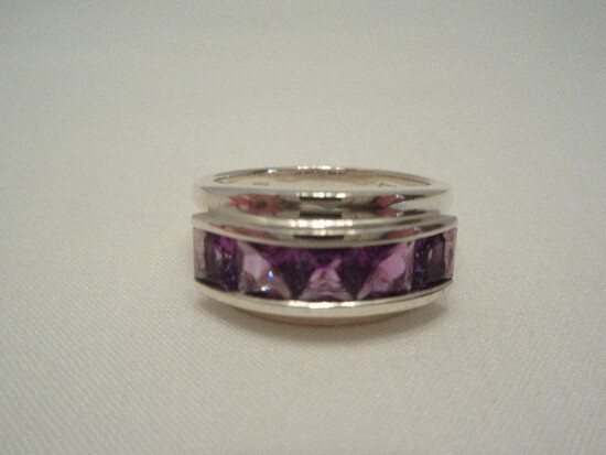 925 Sterling Cocktail Ring w/ Amethyst Color Setting