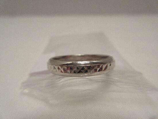 Atasay Kuyumculuk AK Jewelry 14k Band Ring Relief Diamond Pattern