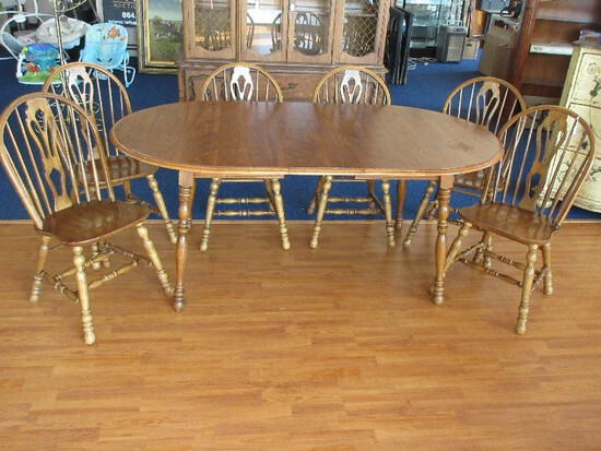 Vintage Cochrane Furniture Georgetown Collection Dining Table w/ Leaf on Ring Turned Legs