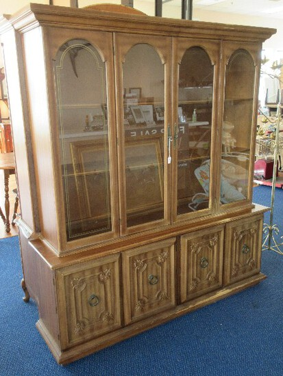 Classic Italian Provincial Style China Cabinet w/ Arched Door Panels on 4 Panel Doors Base