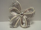 Norman Miller Glamour Collection Rhinestone Ribbon Bow Brooch