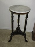 Mahogany Finish Ring Turned Marble Top Side Table/Plant Stand w/ Center Finial Accent