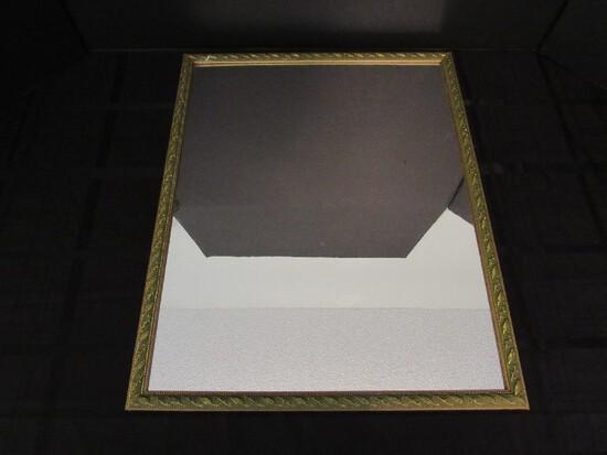 Wall Mounted Mirror in Gilted Wood Frame/Matt Twist/Leaf Motif