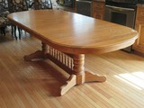 Richardson Brothers Furniture Oak Traditional Double Pedestal Farmhouse Style Dining Table