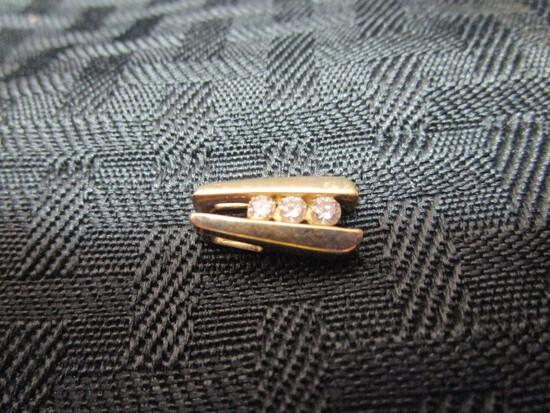 10k VTW Stamped Gold Pendant w/ 3 Diamonds