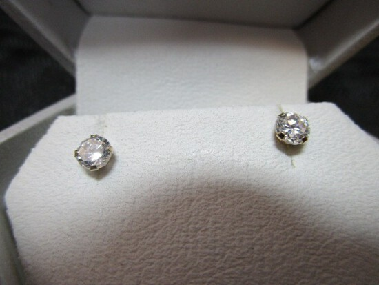 14K Yellow Gold Cubic Zirconia 4mm Silicone Stud Back Earrings