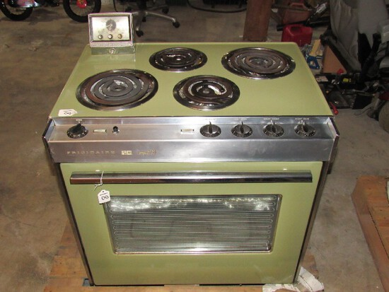 Vintage Cookmaster Gas Oven Frigidaire Compact 30 Green Metal