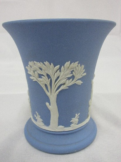 Wedgwood Cream Color on Lavender Pale Blue Jasperware Posey Pot Relief Figurines
