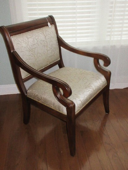 Redefined Boutique Traditional Style Oversized Accent Arm Chair