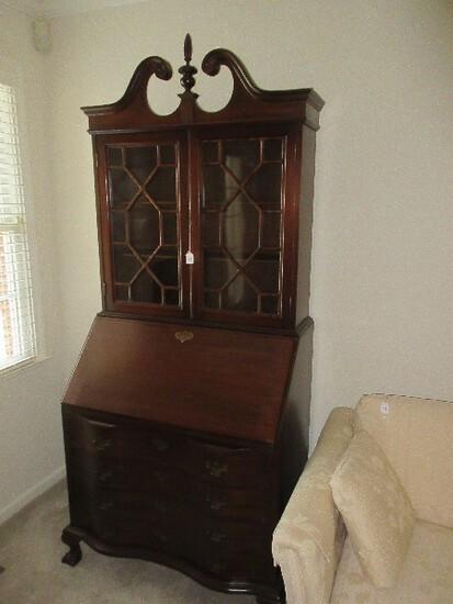 Splendid Mahogany Chippendale Style Serpentine Slant Front Secretary Bookcase