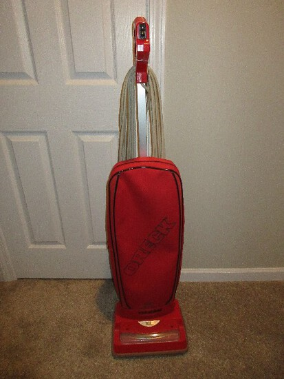 Red Oreck XL Intellashield High Speed Upright Vacuum w/ Micro Sweep Cleaning System