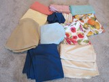 Group - Linen Table Clothes Fall, Floral, Solids & Others Napkins, Etc.