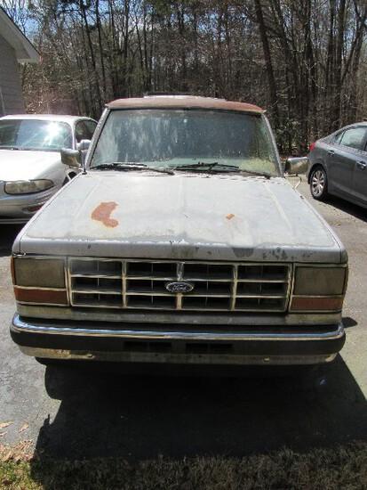 Ford Ranger XLT Truck