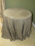 Wooden Round Top Table 3 Legs
