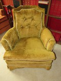Hillcrest Furniture Inc. Yellow Upholstered Arm Chair Pin Back