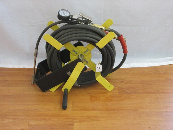 "Wall Mount Air Hose Reel w/ Diablo 3/8"" Rubber Air Hose w/ Air Pressure Gauge & Nozzle"