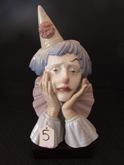 """Lladro © Daisa 1981 No.25N Porcelain Sad Clown Head in Hands 12"""" H on Wood Stand"""