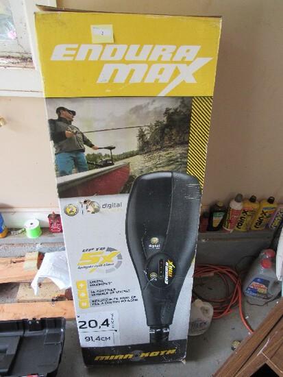 "Endura Max Minn Kota Boat Motor 36"" L, 20.4KG Pousse in Original Box"