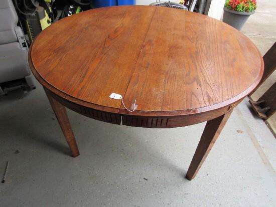 Vintage/Antique Wooden Dining Table w/ 3 Leaves, Block Legs, Fan-Cut Trim