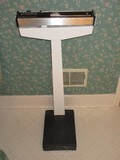 Health-O-Meter Doctors Office Capacity 350 Pounds Scale w/ Level Bubble