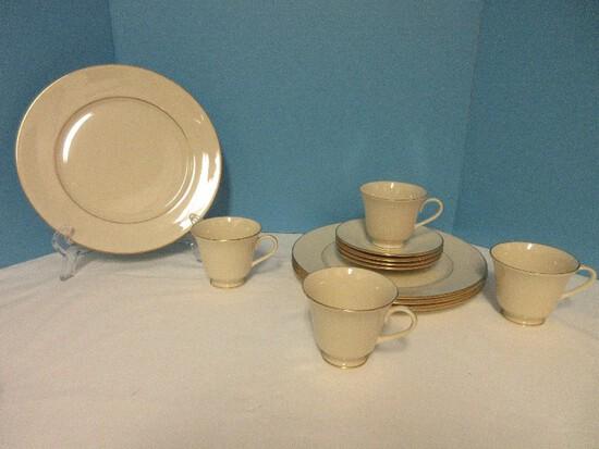 12 Pieces Dinnerware - Lenox Fine China Hayworth Pattern