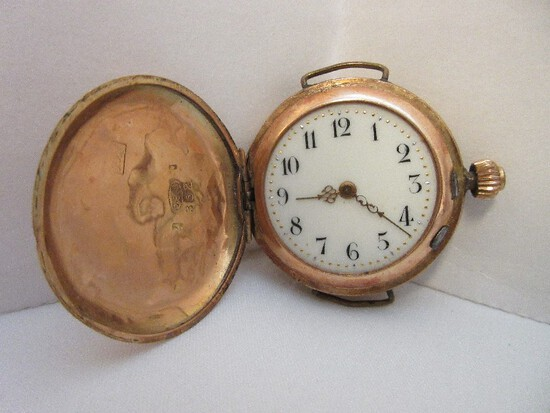 Stamped 585 = 14k Gold Early Wriest Watch lattice Flowering Vine Design