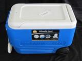 Igloo Wheelie Cool 38 US. Gal Blue/White Cooler