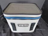 Yeti Hopper Flip 12 Cooler Bag w/ Strap