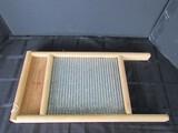 Wooden/Metal Vintage Cloths Washboard