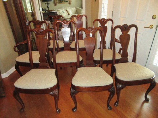 8 Mahogany Queen Anne Style Urn Splat Back Dining Chairs