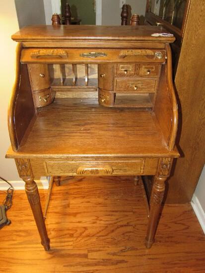 American Lifestyles Roll Top Secretary Desk 1 Drawer, Inner 2 Doors, 5 Drawers, 5 Pigeon Holes