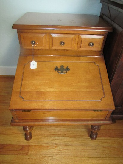 Athens Table Co. Wooden Side Table w/ Flip Top Lower Door, 1 Drawer Dovetailed