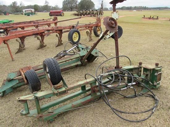 (2) KMC hydraulic row markers (12 row)