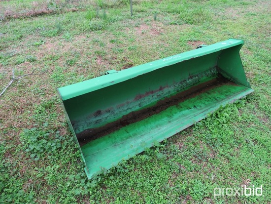 "John Deere 72"" quick attach bucket"