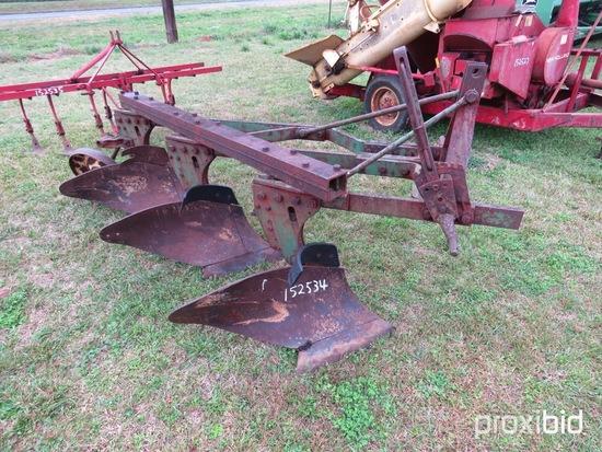 John Deere 3 btm plow