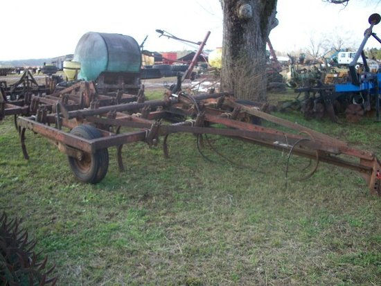International #55 pull type chisel plow