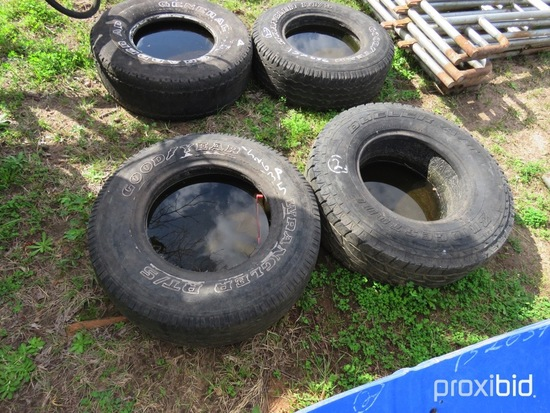 (2) Rubber tire feeders