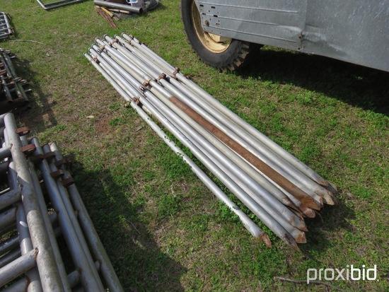 (22) 10' metal gate/panel posts