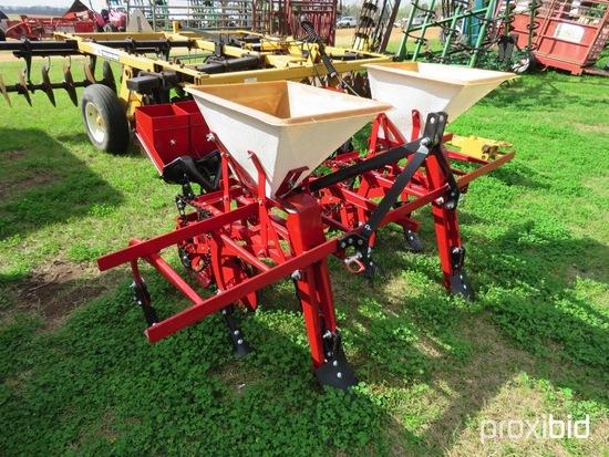 Covington 2 row planter w/ fertilizer (reconditioned, like new)