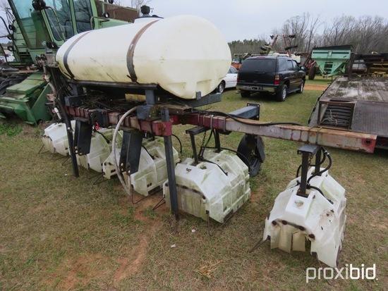 CAP 4 row hooded sprayer