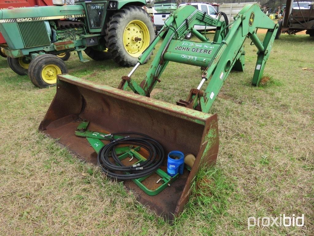 John Deere 740 loader w/ brackets