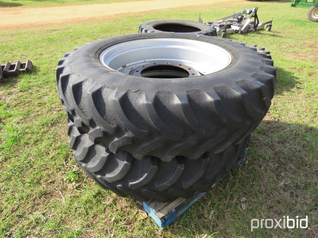 (2) 14.9-34 tires on CaseIH fwa wheels