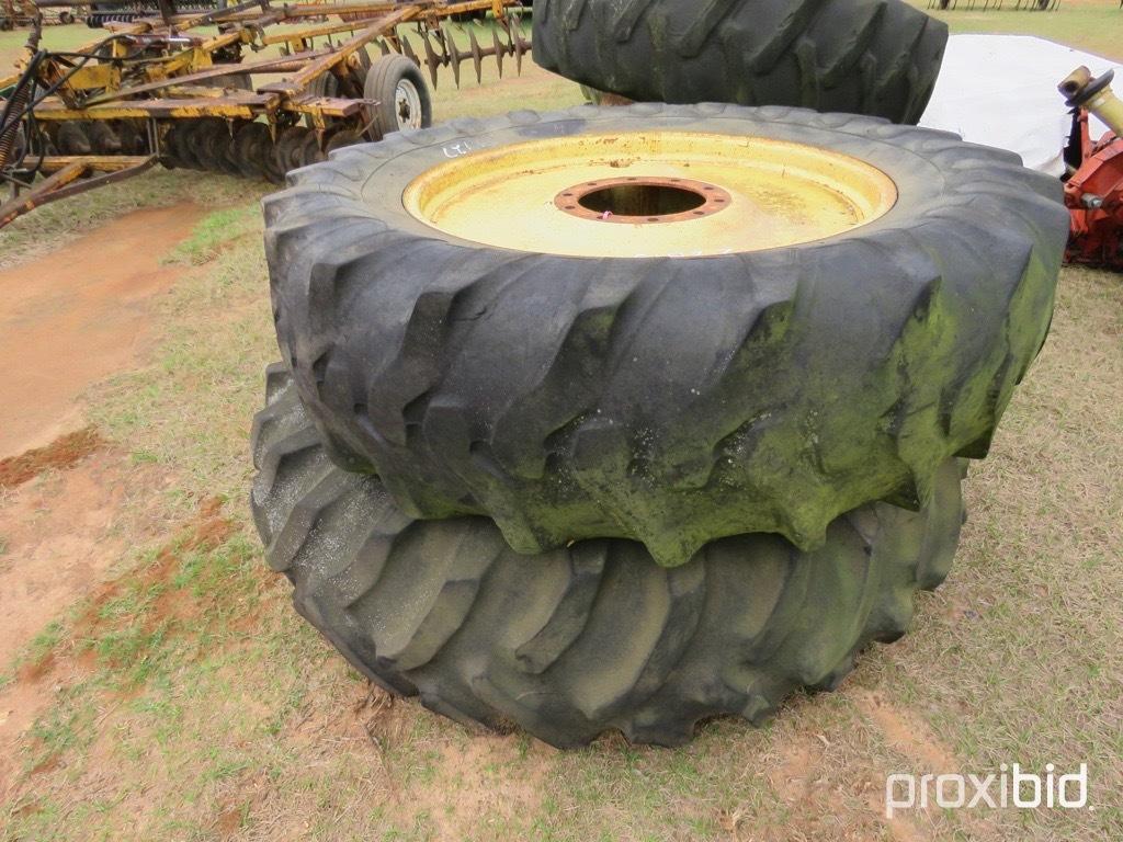 (2) factory duals on JD 10 bolt wheels