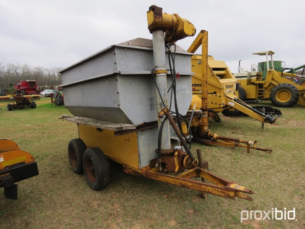 Knoedler feed auger cart w/ shaft