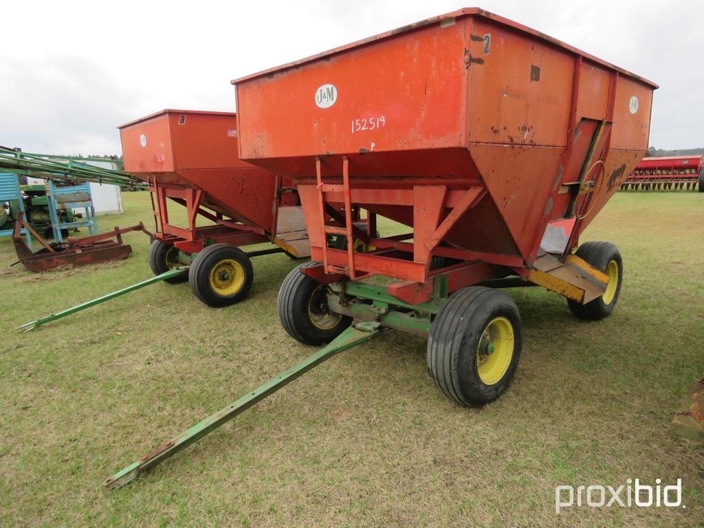J&M 250 gravity wagon w/ JD gear
