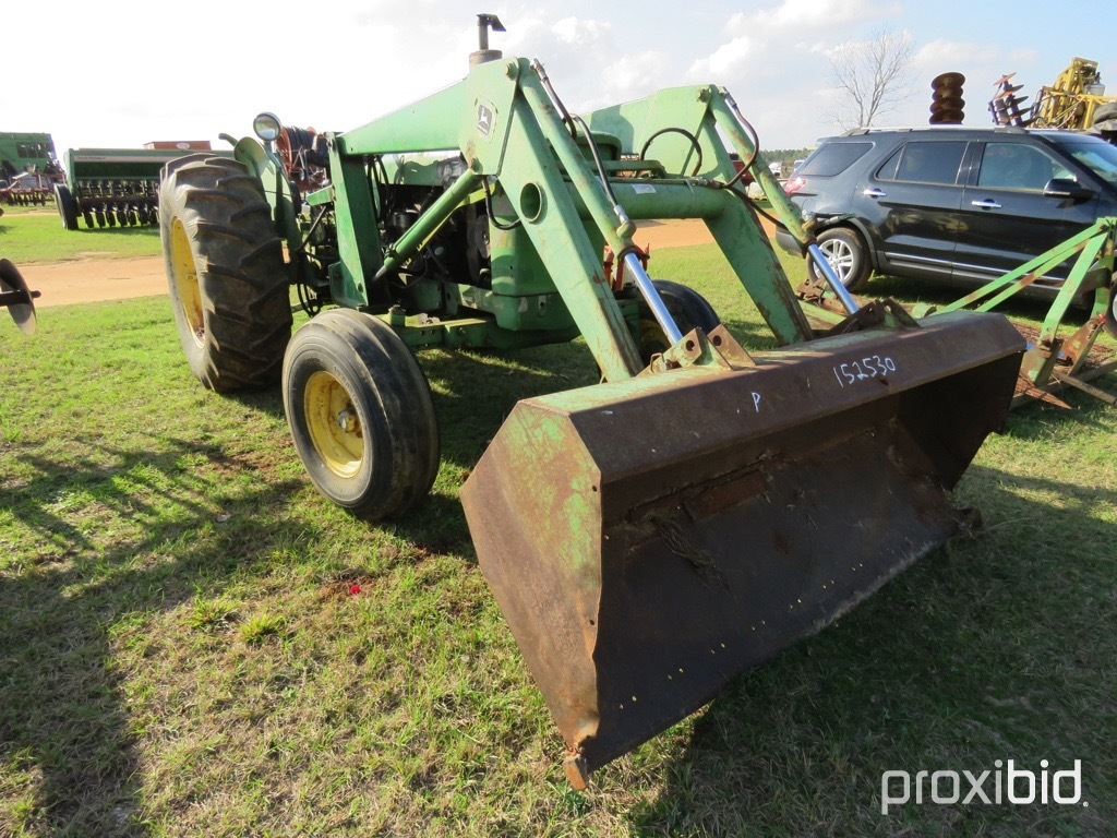 John Deere 2120 tractor w/ JD 146 loader (AS/IS)