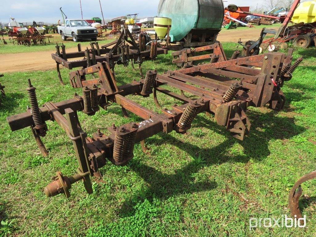 Mohawk 13 tine 3pt chisel plow
