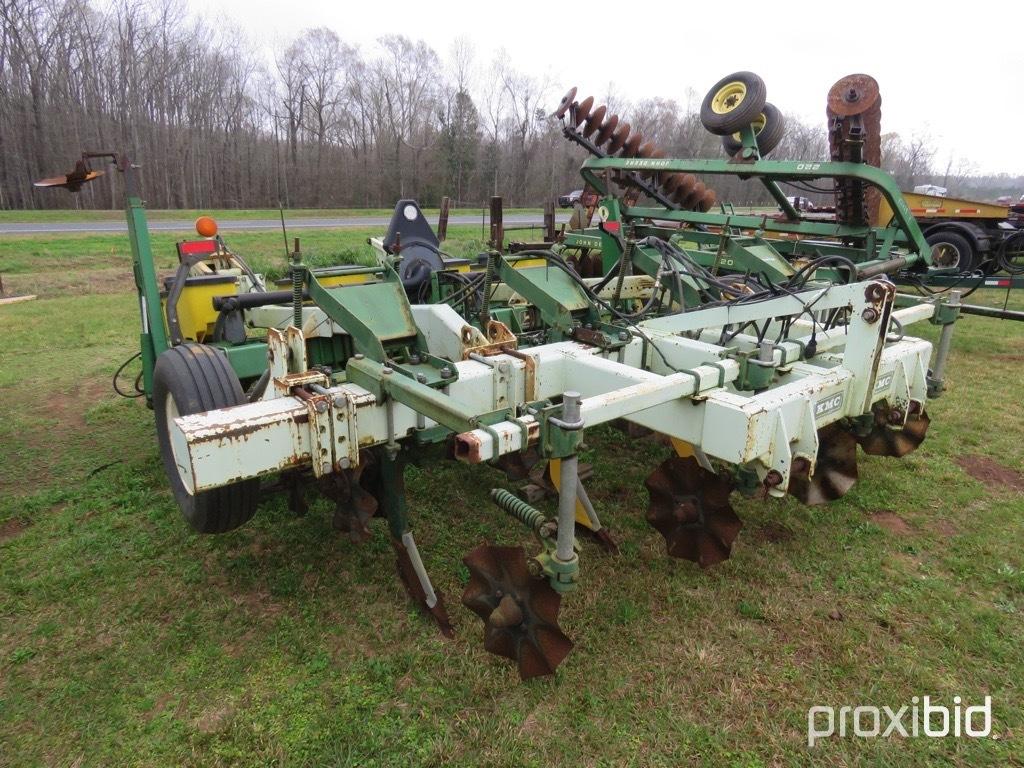 KMC strip-till w/ John Deere 7300 planter